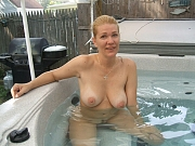 Free mature outdoor and nudist picture and photo trading center