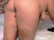 Hottie Curvy Slut Pussy Play