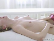 Beauty-Angels.com - Lucy B - Blonde beauty Lucy charms